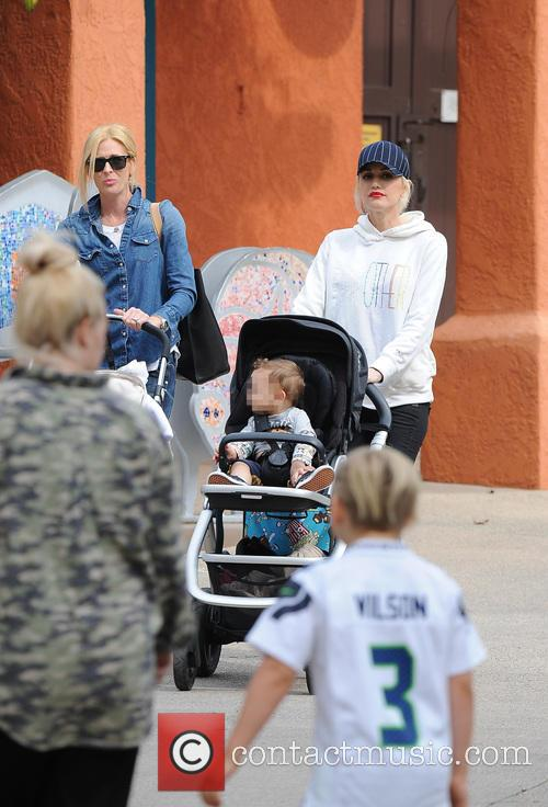 Apollo Rossdale, Zuma Rossdale and Gwen Stefani 7