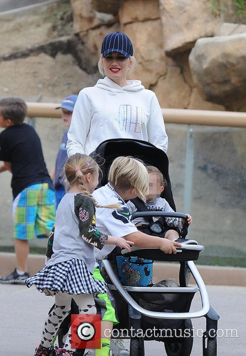 Apollo Rossdale, Zuma Rossdale and Gwen Stefani 10