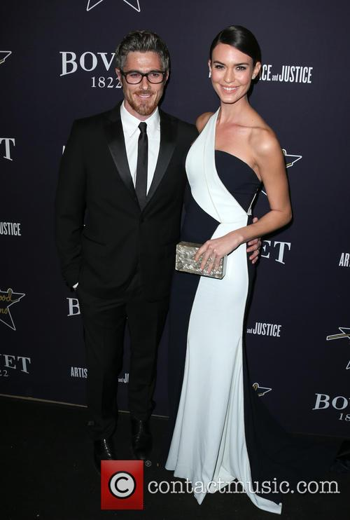 Dave Annable and Odette Annable 4