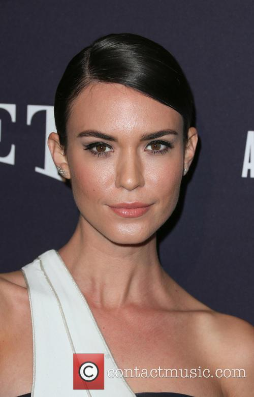 Odette Annable 5