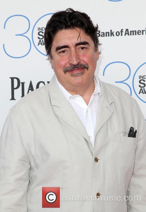 Alfred Molina 4