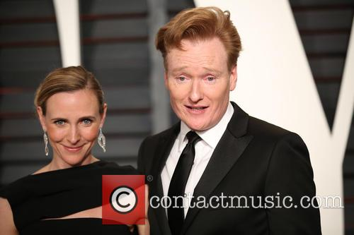 Liza Powel and Conan O'brien 5