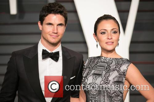 Robbie Amell and Italia Ricci 2