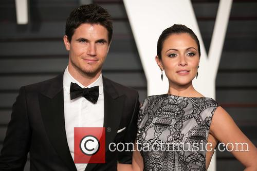 Robbie Amell and Italia Ricci 1