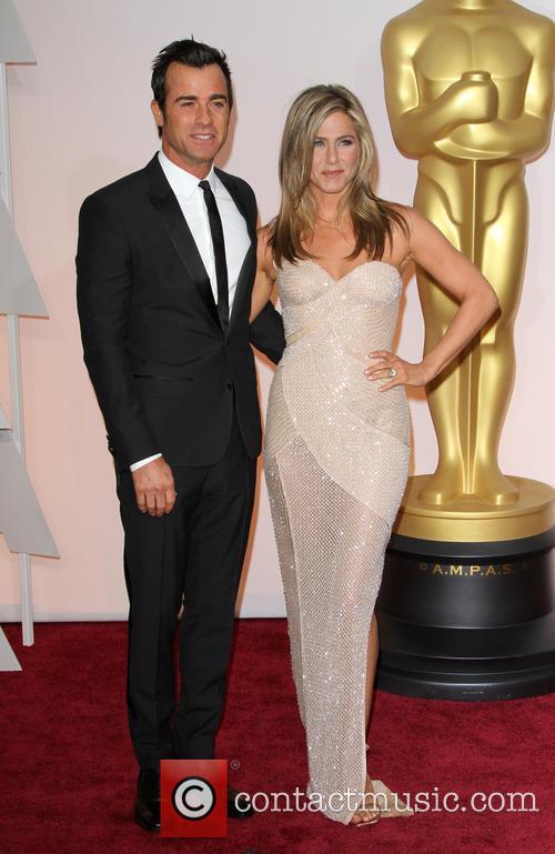Justin Theroux and Jennifer Aniston 10