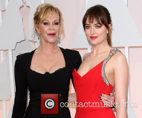 Melanie Griffith and Dakota Johnson 8