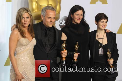 Jennifer Aniston, Dirk Wilutzky, Laura Poitras and Mathilde Bonnefoy 8