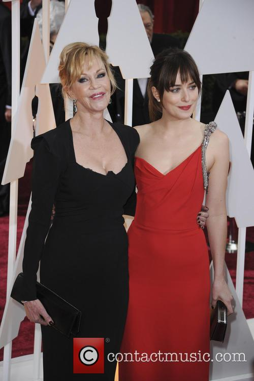 Melanie Grififth and Dakota Johnson 2