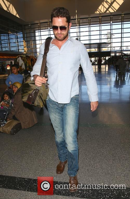 Gerard Butler at Los Angeles International Airport