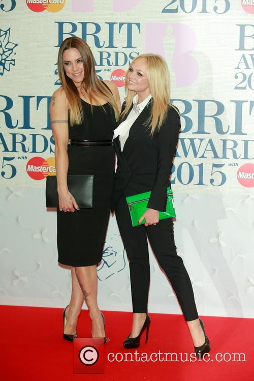Melanie Chisholm (l) and Emma Bunton 2