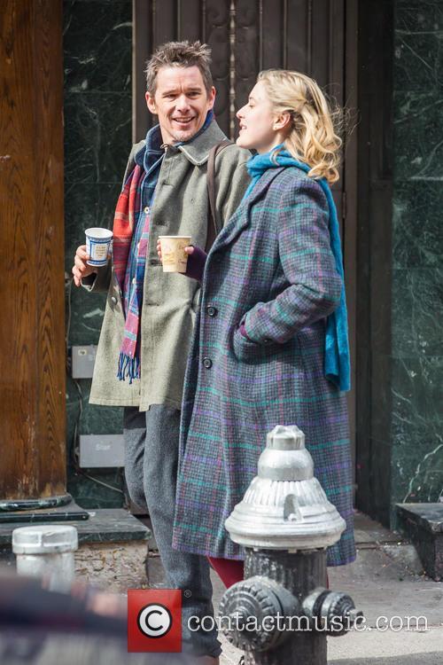 Ethan Hawke and Greta Gerwig 5