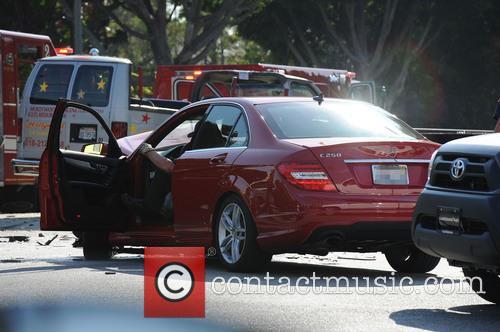 Hollywood Tour Bus Crash 1