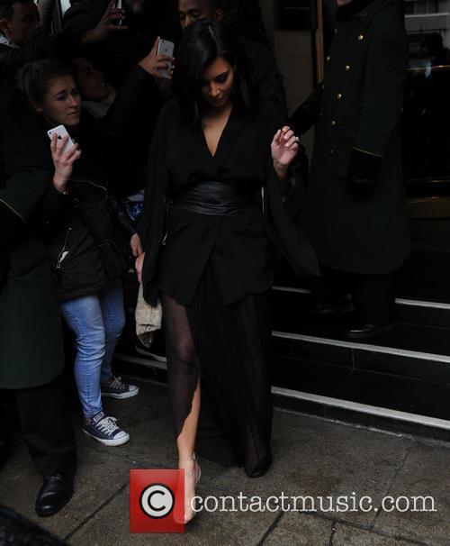 Kim Kardashian West and Kanye West 9