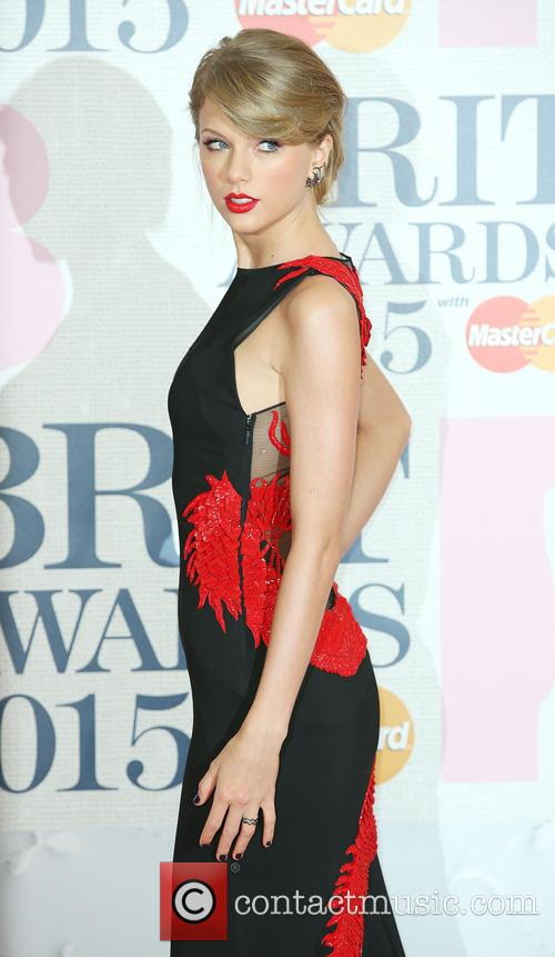 Taylor Swift at 2015 Brit Awards