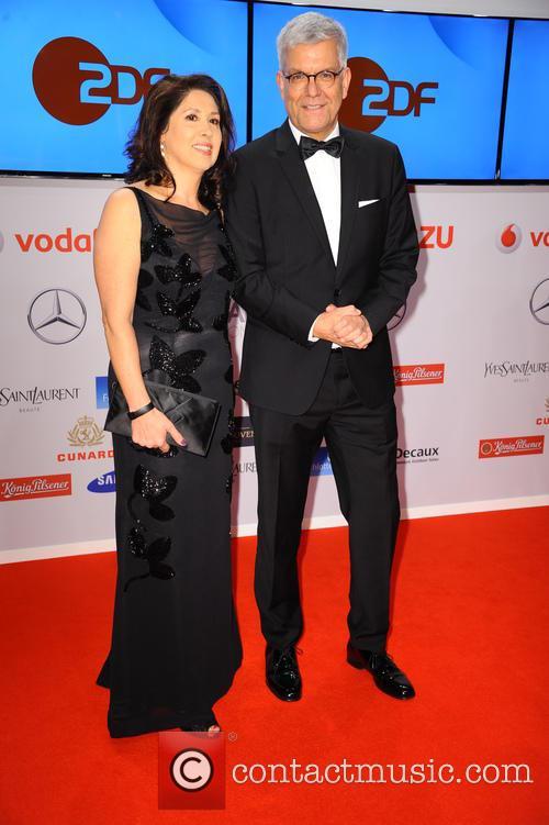Huelya Oezkan and Dr. Thomas Bellut 3