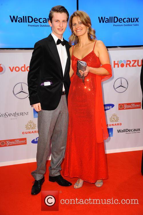 Niklas Mueller-hohenstein and Katrin Mueller-hohenstein 4