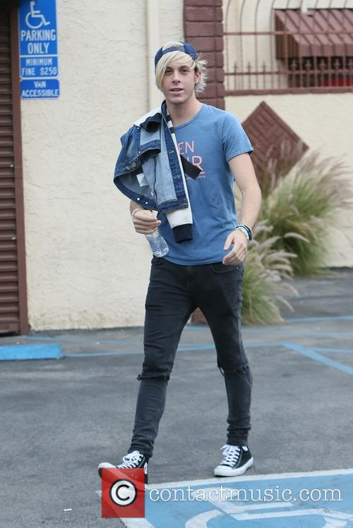 Riker Lynch arrives at dance rehearsal for 'Dancing...