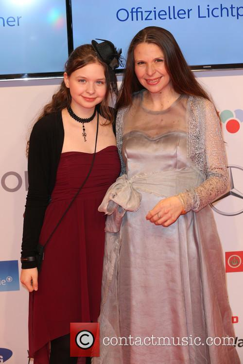 Mia Sophie Wellenbrink and Susanna Wellenbrink 1