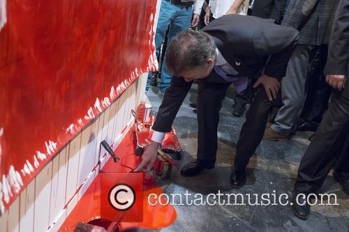 Juan Manuel Santos and his wife visit the...