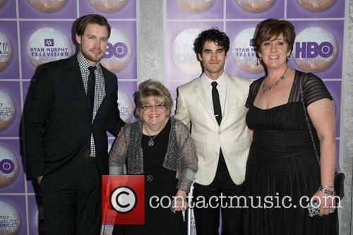 Chord Overstreet, Guest and Darren Criss 7