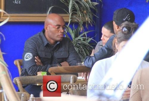Anderson Silva has lunch with friends