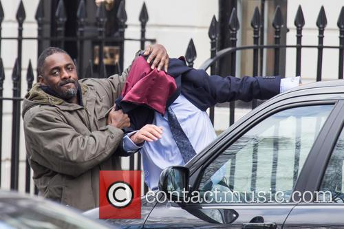 Idris Elba filming scenes for 'Luther'