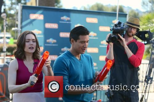 Meghan Boone and Mario Lopez 8