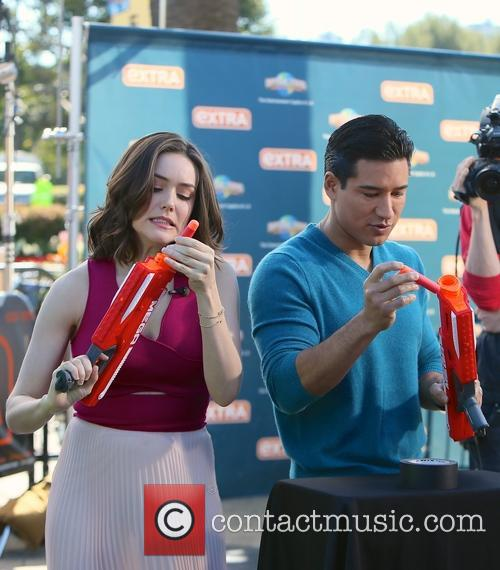 Meghan Boone and Mario Lopez 9