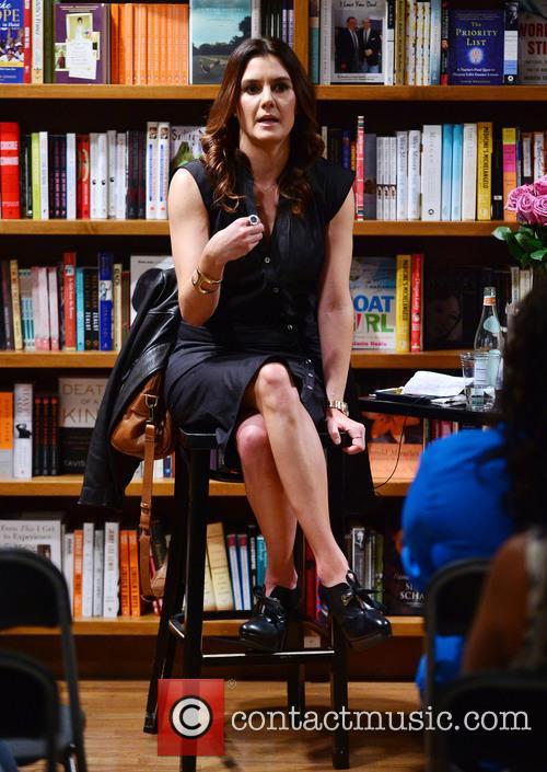 Author Alejandra Llamas 6