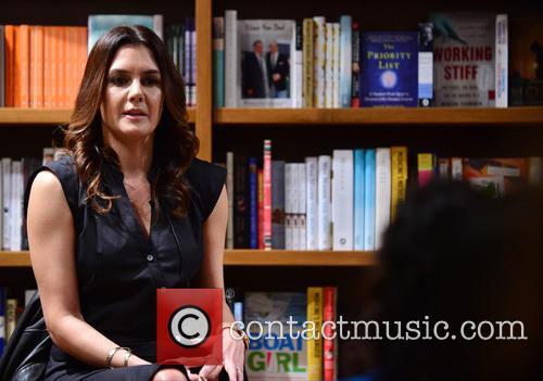 Author Alejandra Llamas 10