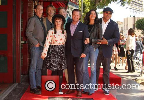 Miguel Ferrer, Eric Christian Olsen, Barrett Foa, Chris O'donnell, Daniela Ruah, Ll Cool J and Renée Felice Smith 2