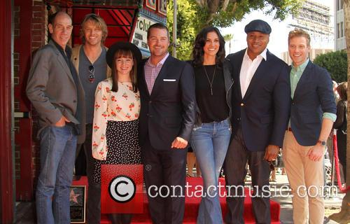 Miguel Ferrer, Eric Christian Olsen, Barrett Foa, Chris O'donnell, Daniela Ruah, Ll Cool J and Renée Felice Smith 1