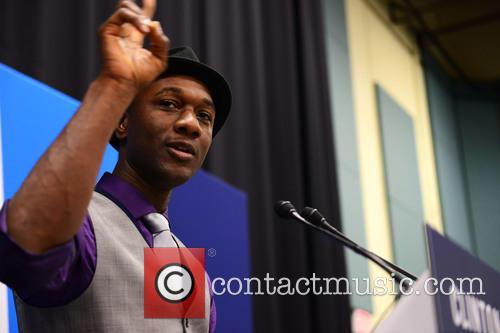 Aloe Blacc and Singer 4