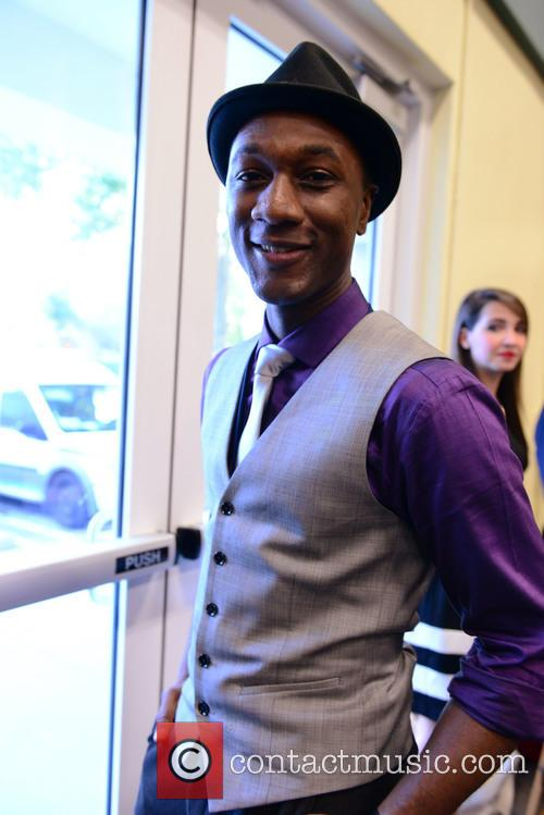 Aloe Blacc and Singer 9