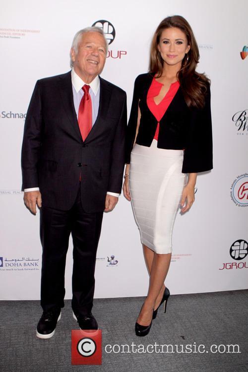 Peace, Robert Kraft and Miss Usa Nia Sanchez 2