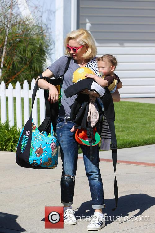 Gwen Stefani and Apollo Rossdale 6