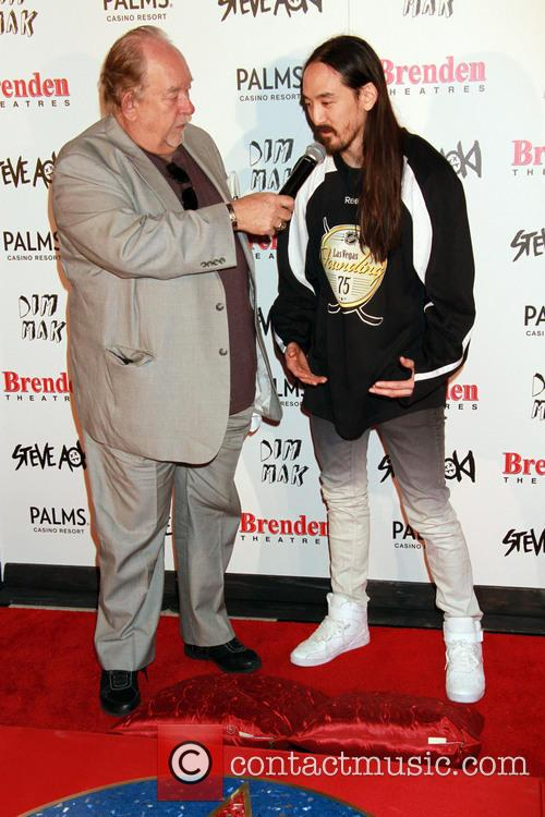 Robin Leach and Steve Aoki