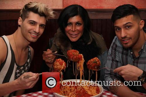 Briah Bettencourt, Angela Raiola and Bruno Bettencourt 8
