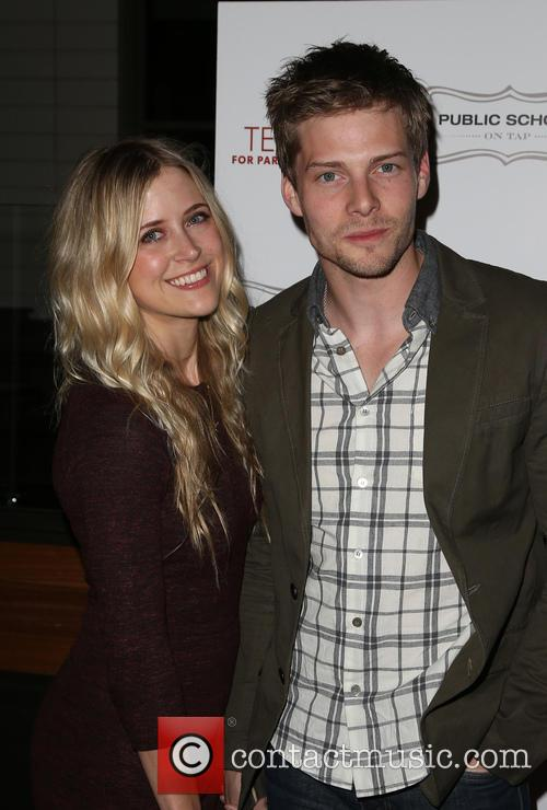 Hunter Parrish and Kathryn Wahl 3