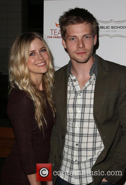 Hunter Parrish and Kathryn Wahl 4