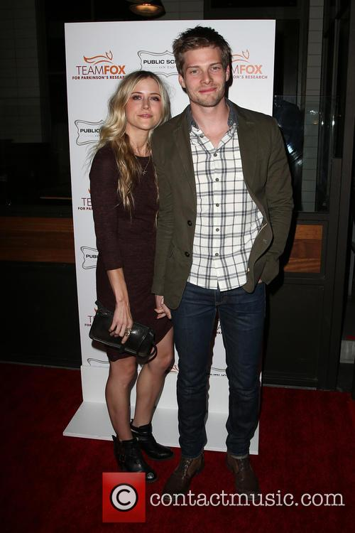 Hunter Parrish and Kathryn Wahl 5