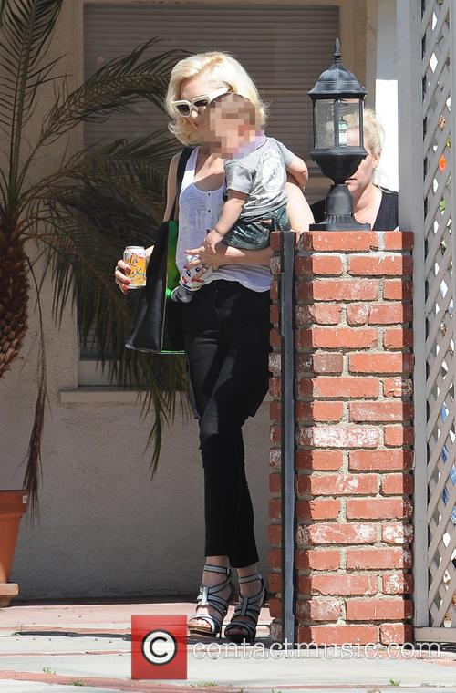 Gwen Stefani and Apollo Rossdale 1