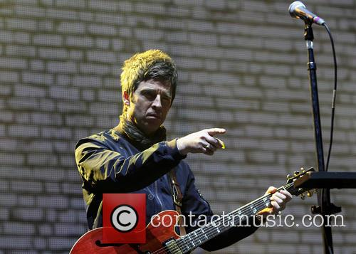 Noel Gallagher and Noel Gallaghers High Flying Birds 2