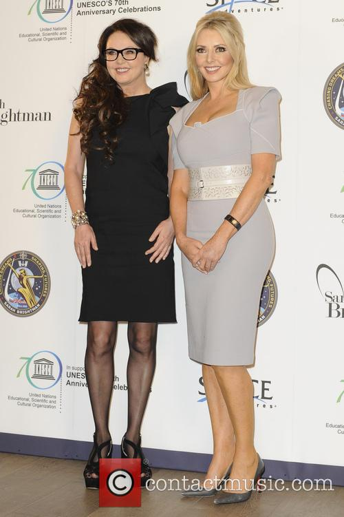 Sarah Brightman and Carol Voderman 5