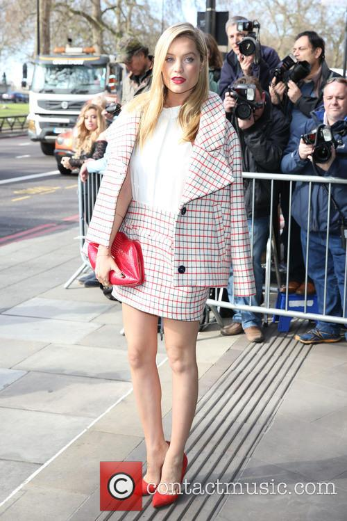 Laura Whitmore 9