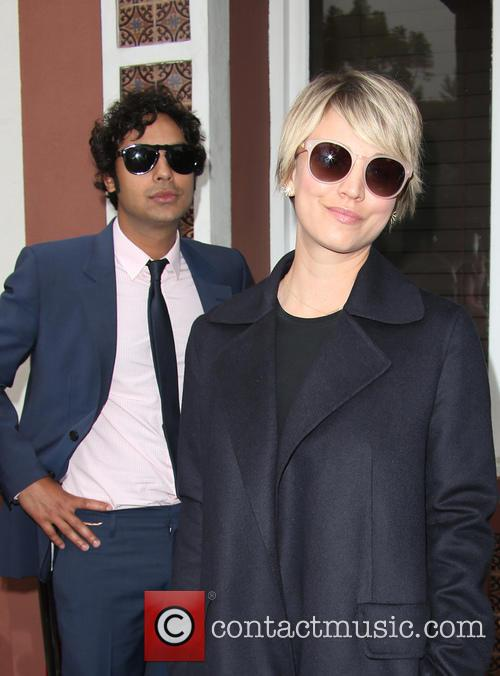 Kunal Nayyar and Kaley Cuoco 4