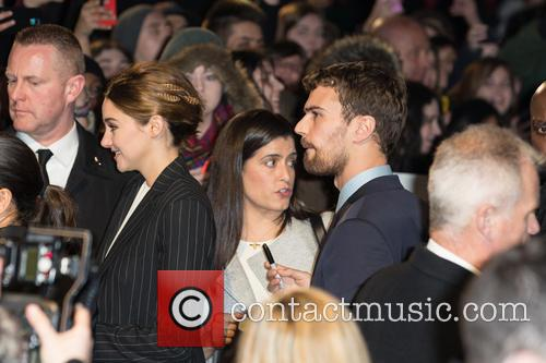 Shailene Woodley and Theo James 1