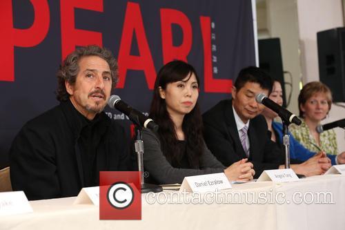 Daniel Ezralow, Angela Tang, Weinbiao Tang, Shu Tong and Pamela Carroll 6