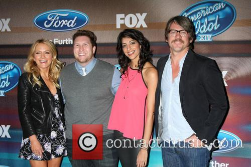 Nate Torrence, Becki Newton, Meera Rohit Kumbhani and Zachary Knighton 3