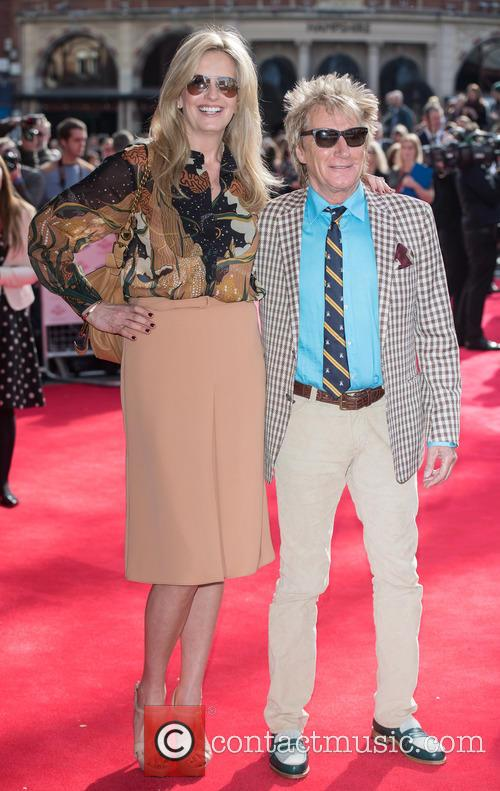 Penny Lancaster Stewart and Rod Stewart 4